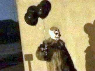 Creepy Clown sightings in Florida.