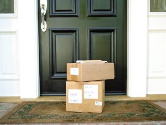 Sebastian residents receiving UPS packages with incorrect names.