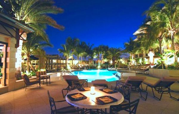 Kimpton Vero Beach Hotel & Spa presents a stargazing event.