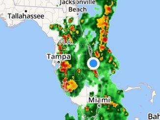 Weather radar showing rain for Sebastian, Fellsmere, and Vero Beach.