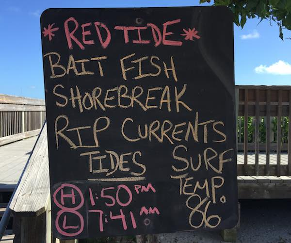 Red Tide sign posted at Wabasso Beach.