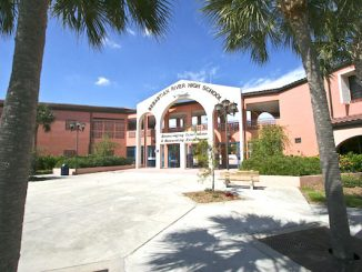 A high school student has been arrested on gun charges in Sebastian, Florida.