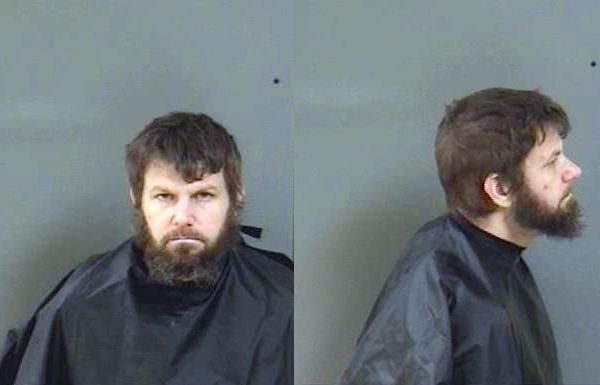 Barefoot Bay man robs Seacoast Bank in Vero Beach, Florida.