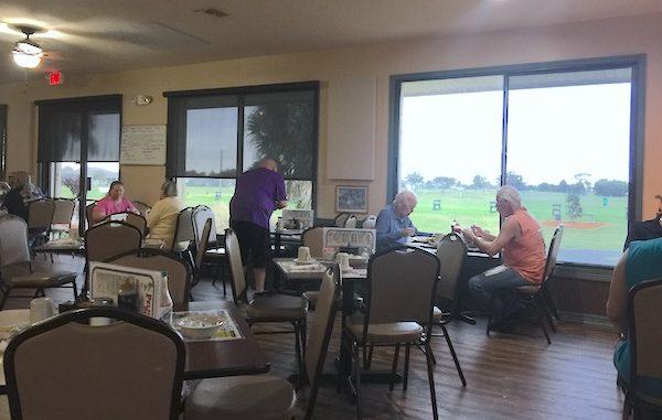 Pelican Diner & 4 Wings Sports Bar lunch review in Sebastian, Florida.