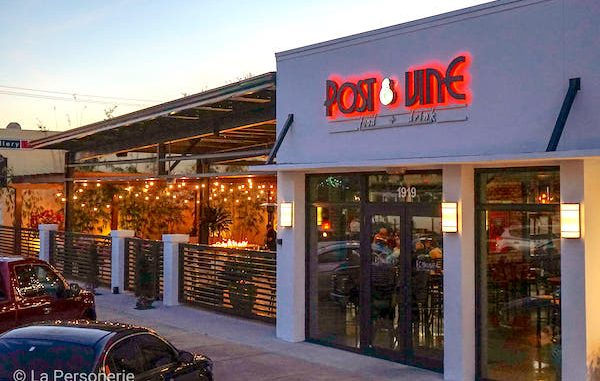 Post and Vine has a modern Manhattan swag and chic ambiance in Vero Beach, Florida.