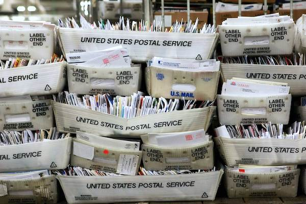 Are you missing mail from the Roseland Post Office?