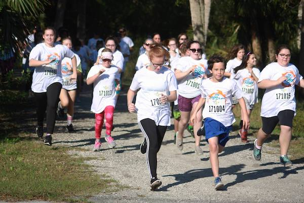 Students participating in the Color Run/Walk 5k.