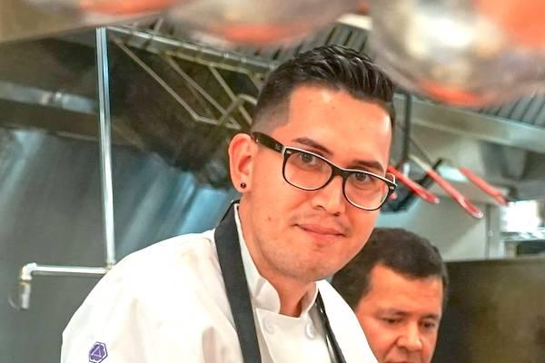 Alfredo Arce wins Vero Top Chef.