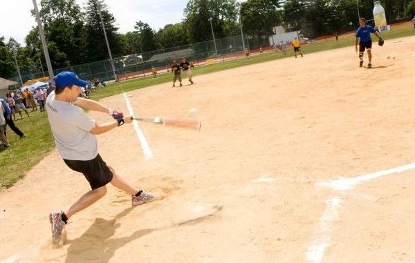 The Jimmy Graves Foundation will be hosting a charity softball game in Sebastian, Florida.