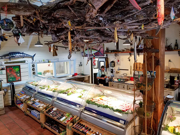 Fish Market at Crab-E-Bills.