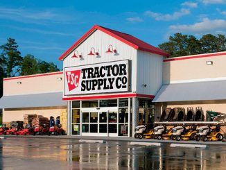 Tractor Supply Company opening in Sebastian, Fellsmere, Florida.