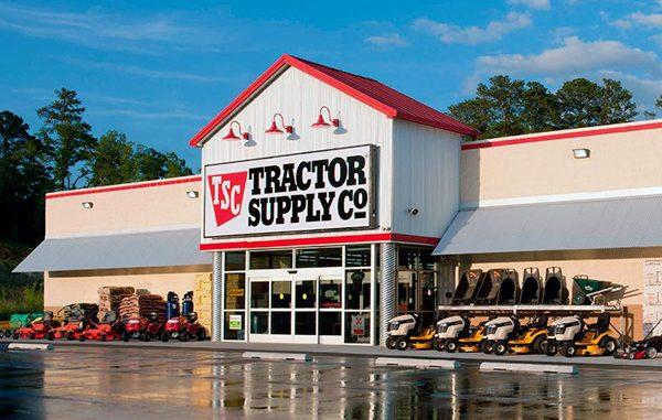Tractor Supply Company opening in Sebastian, Fellsmere, Florida.