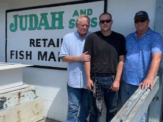 Judah & Sons fish house along Indian River Drive in Sebastian, Florida.