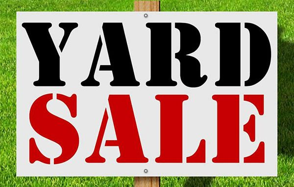 Welcome Wagon Club hosts yard sale in Sebastian, Florida.