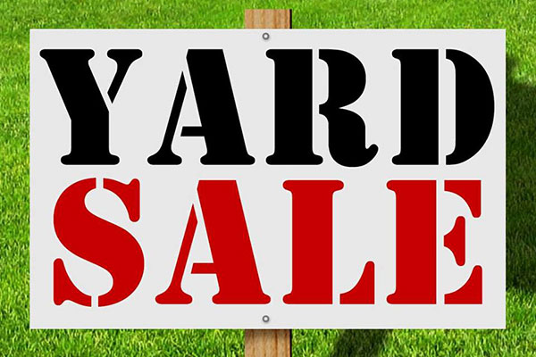 Welcome Wagon Club hosts yard sale in Sebastian, Florida.