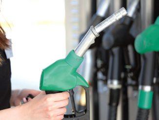 Gas prices drop during Christmas week in Sebastian, Florida.