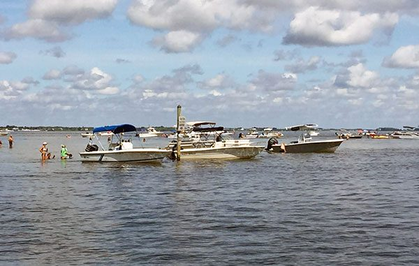 FWC closes sandbar and islands in Sebastian, Florida.