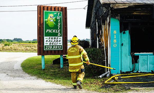 Twisted Pickle Deli Fire in Wabasso, Florida. (Credit: Brian LaPersonerie)