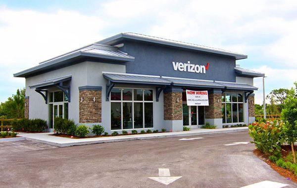Verizon store opens in Sebastian, Florida.